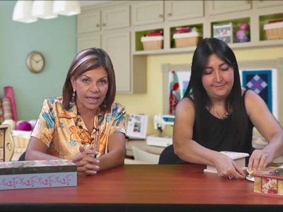 Mimi Luna con Dora Morales Creando Proyecto de Servilleta  2.4