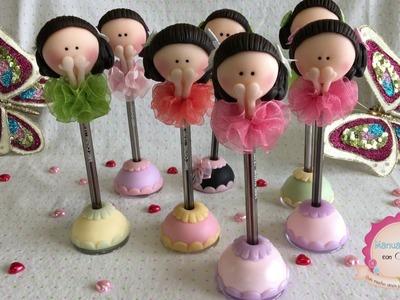 Muñecas bailarinas de porcelana en lapicero