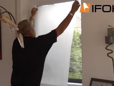 Vídeo de aplicación una lámina intimidad para cristales