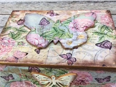 Caja vintage de mariposas-myba
