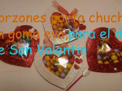 Corazones porta chuches en goma eva para el dia de San Valentin