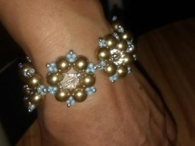 Brazalete de perlas muy fácil