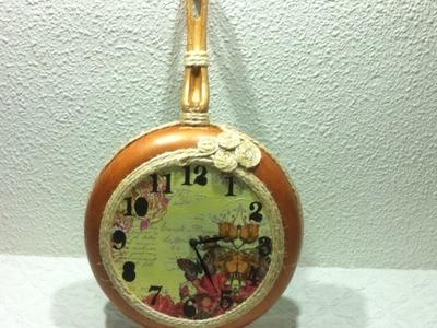 Como hacer un reloj de cocina reciclando una sartén vieja