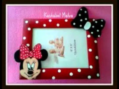 Marcos de fotos de Minnie Mouse echos a mano