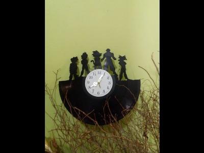 Como hacer un reloj, con un disco de acetato.