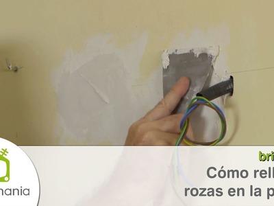 Cómo rellenar rozas en la pared