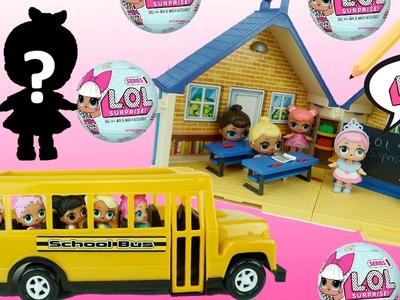 Muñecas L.O.L Sorpresa en la Escuelita de Playmobil - Bebes que Hacen Pipi, Escupen y Lloran