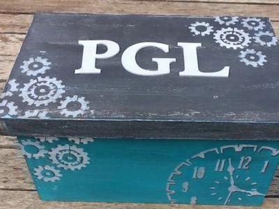 Caja decorada estilo industrial- pintura a la tiza y stencil - MYBA