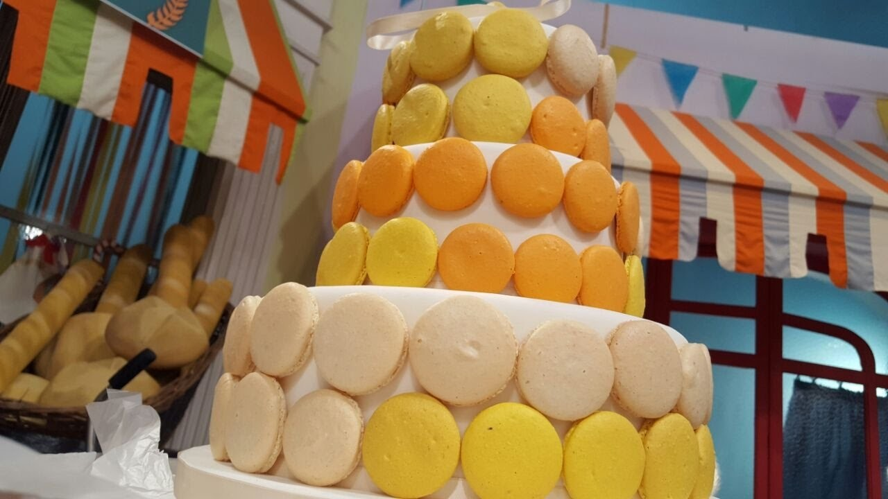 Torta de boda con macarones por Mauricio Asta