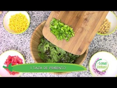 ENSALADA DE GARBANZO Y ADEREZO DE AGUACATE | Comer Vegano