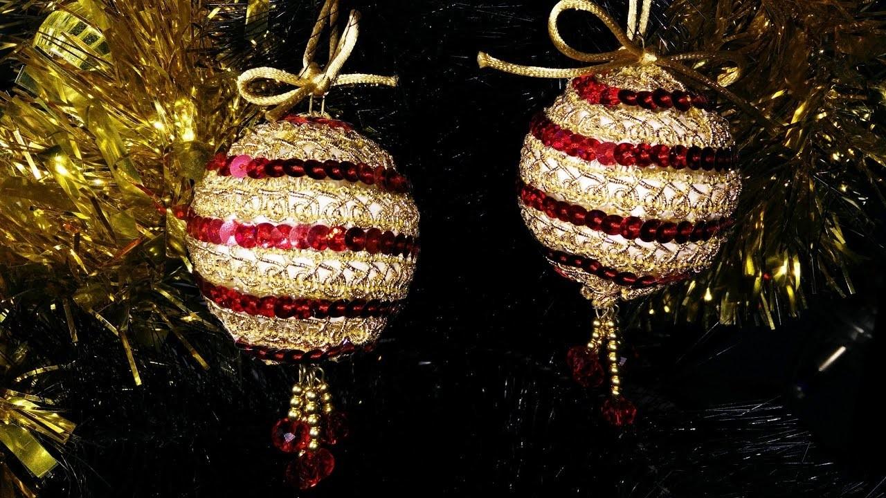Facilísimas bolas de Navidad en dorado y rojo