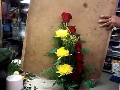 Como hacer escalera de rosas o arreglo en forma escalonada video mejorado y facil