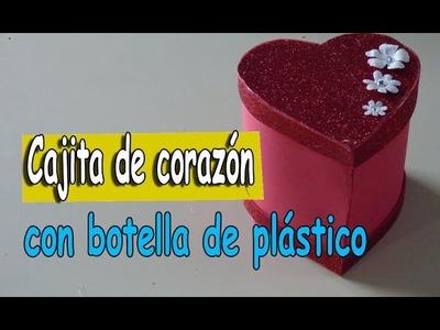 Como hacer una cajita de corazón con una botella de plástico