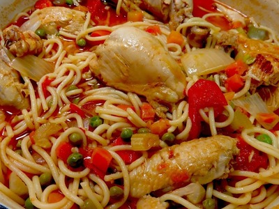 Pollo  con tallarines - Chicken with Spaghetti