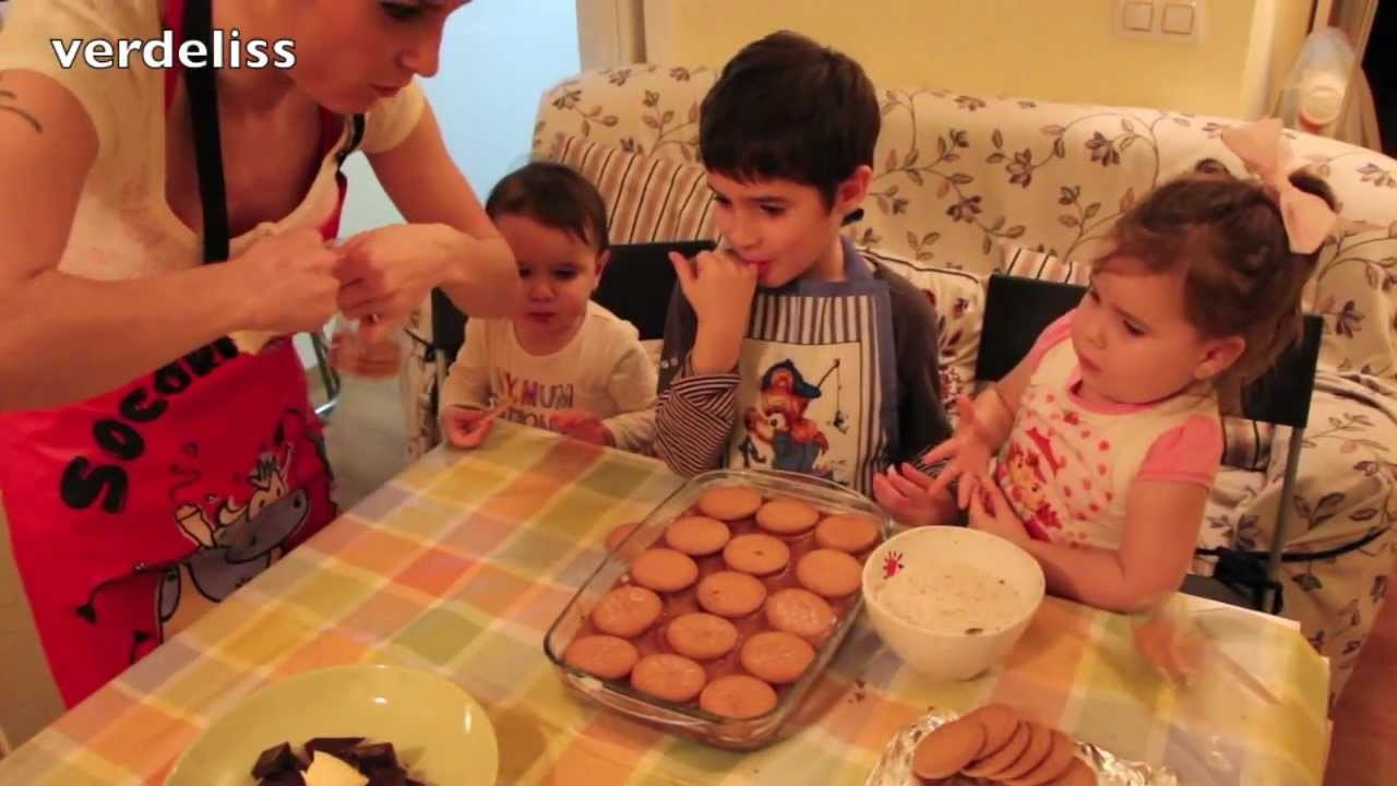 Receta: Tarta de chocolate y galletas. Recipe: Chocolate and cookies cake