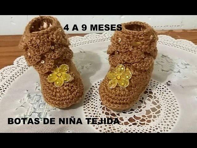 BOTAS DE NIÑA TEJIDA
