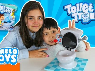 Toilet Trouble Challenge El Juego de Mesa o Problemas en el Baño I Abrelo Toys Juegos de Mesa