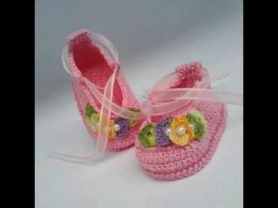 Zapatitos tejidos a crochet  para bebe