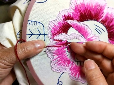 Como.bordar una rosa grande Sonia R.A.