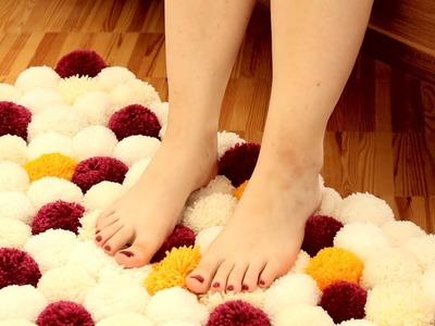 Cómodo y muy suave: alfombra hecha con tubos de papel higiénico y lana