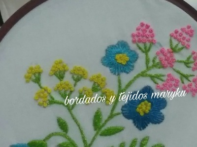 Flores chispitas de colores