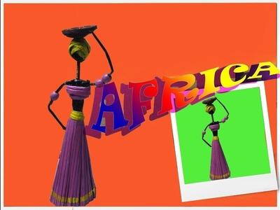 AFRICANA CON PAPEL PERIODICO