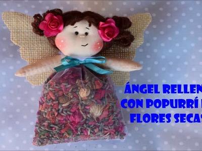 Ángel relleno con popurrí de flores secas
