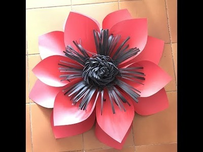 Flor grande 27 elaborada en cartulina Big flower made in paper for decoration wedding