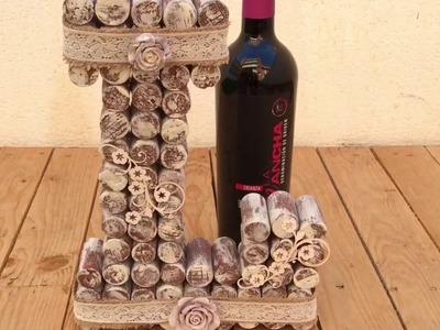 Letra hecha con corchos de vino - D.O. La Mancha