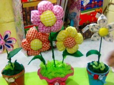#154: MACETERAS FLORALES:(hechas con flores de tela y fomi)