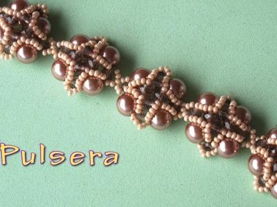 DIY - Pulsera con perlas marrones  DIY - Bracelet with brown pearls