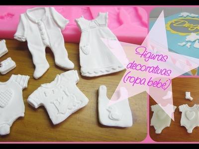 Figuras decorativas  (Ropa bebé) + masa casera + figuras a mano