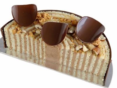 Bizcocho enrollado con ganache montada. Ganache Cake Roll