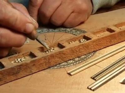 Elaboración artesanal de una roseta por el Luthier ecuatoriano LUIS UYAGUARI