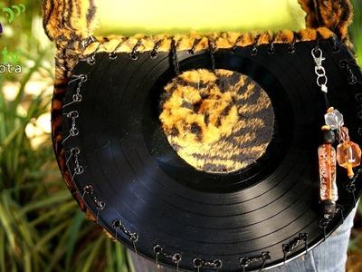 Nueva moda en Carteras Retro sobre discos de acetato | Foto-Nota |