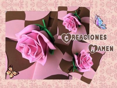 Rosa hecha con gomaeva de forma muy sencilla