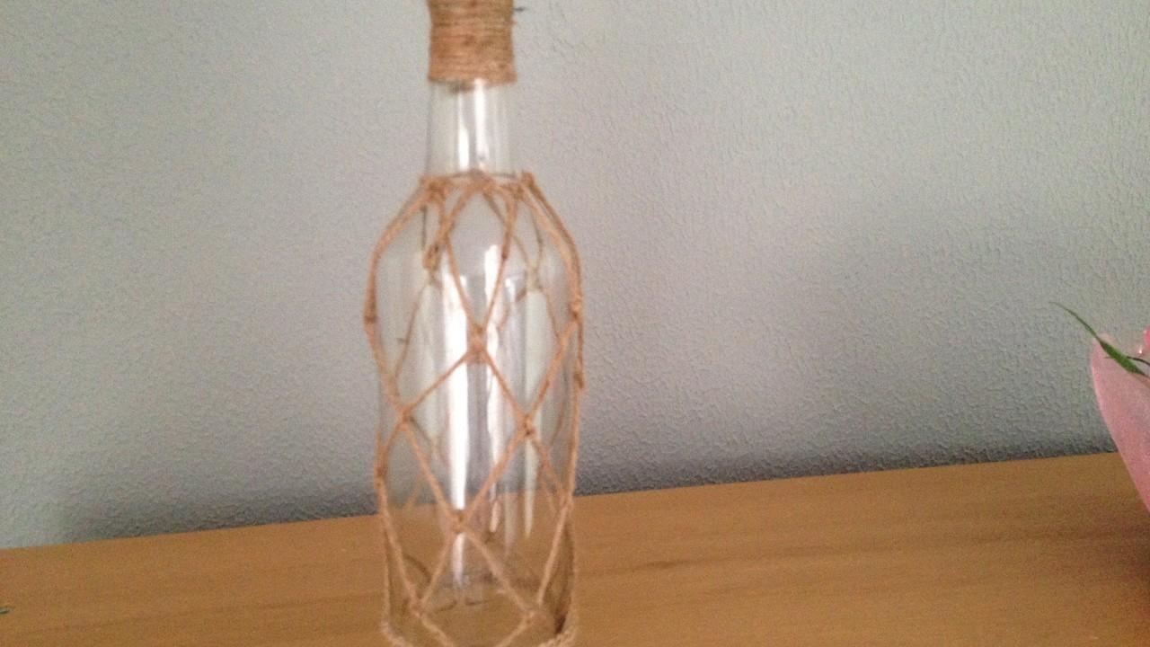 Botella tejida con cuerda  Woven bottle with string