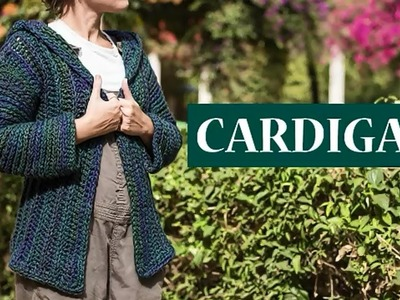 Cardigan con capucha a crochet