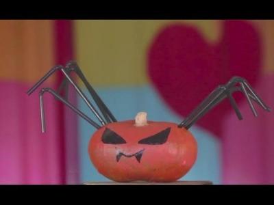 * Cómo hacer una calabaza en forma de araña para Halloween | facilisimo.com