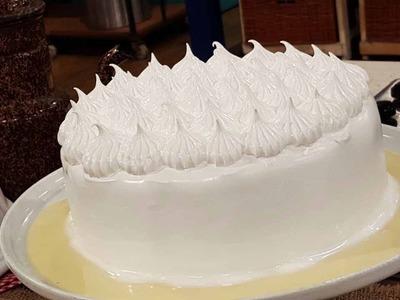 Torta latina de 3 leches con merengue al microondas