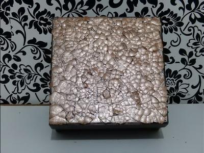Caja decorada  con cáscara de huevo