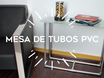 Mesita con tubos de PVC para una decoración con toque moderno e industrial