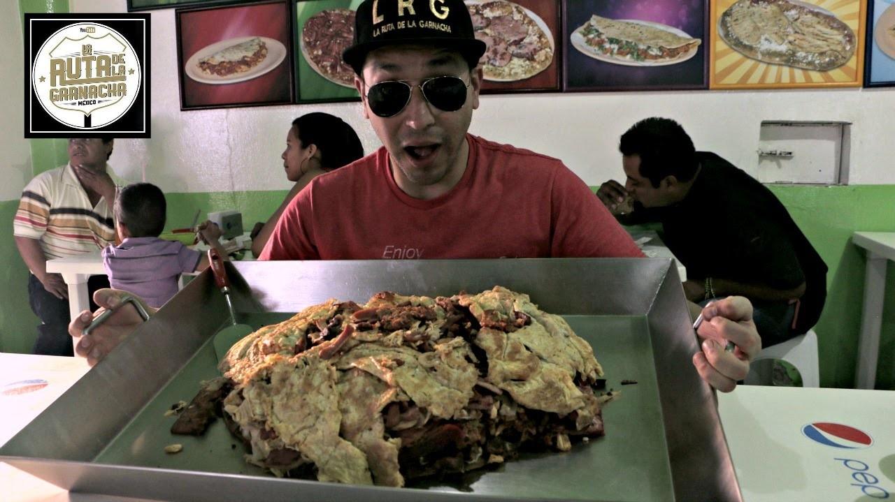 Huarache Gigante de 6 kg, le llaman el Niño Pobre