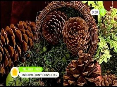Arreglos Florales Navideños con Bellotas