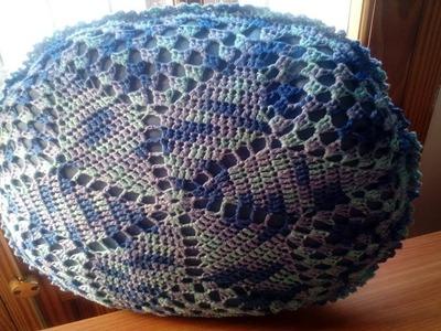Cómo coser un círculo de crochet a un cojín redondo