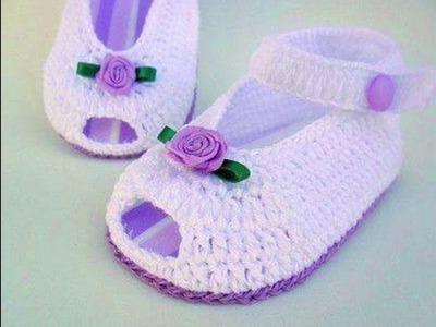 Zapatos de bebe tejidos a crochet o ganchillo