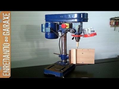Cómo hacer una mesa vertical para el taladro de columna