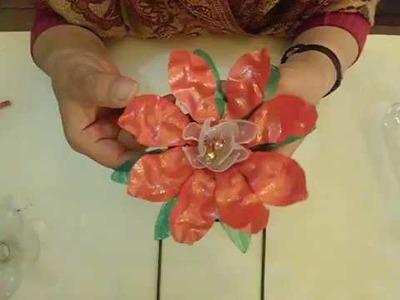 Cómo hacer flor de navidad con plástico (Paso1: Poinsettia)