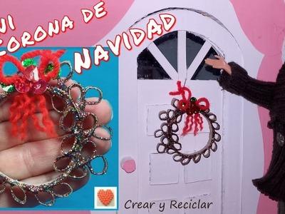 Mini corona de Navidad para casa de muñecas DIY