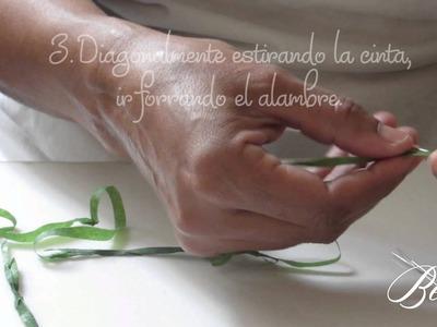 Cómo forrar alambre para flores